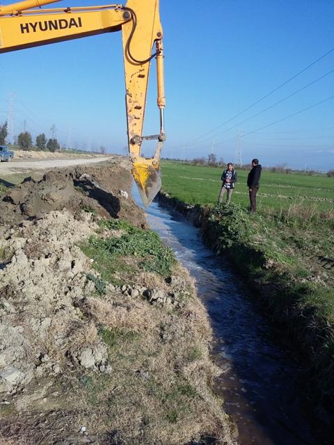 ۲۰۱۶۰۲۰۴ ۱۵۱۹۰۱ آبگیری آب بندان شهید روحانی فرد کردکوی بعد از ۳۵ سال شمسی