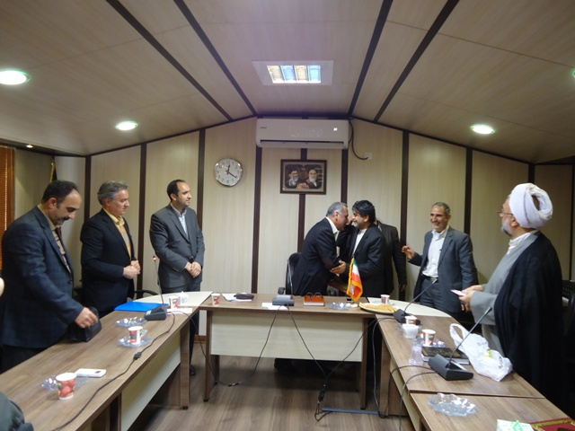 DSC09672 تجلیل ریاست مرکز تحقیقات و همچنین آموزش کشاورزی گلستان از زحمات ریاست واحد آموزش شهید روحانی فرد کردکوی