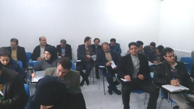 photo 2016 03 01 12 57 49 دوره آموزشی ارتباطات رسانه ای در روابط عمومی در مرکز تحقیقات و همچنین آموزش گلستان