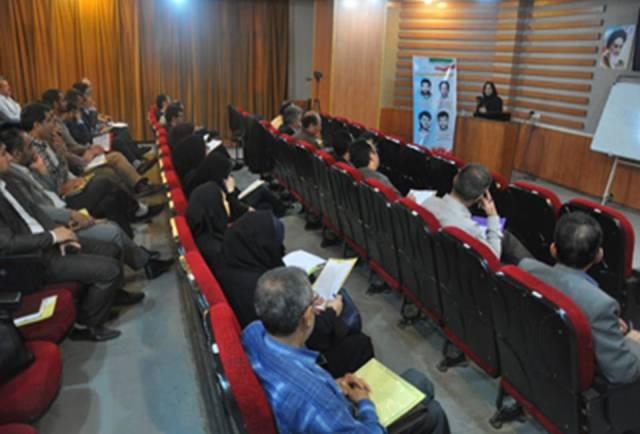 DSC54655 حضور همکاران روابط عمومی مرکز تحقیقات و همچنین آموزش گلستان در کارگاه آموزشی و همچنین اولین جشنواره روابط عمومی های برتر دانشگاه ها و همچنین پارک های علم و همچنین فناوری منطقه ۲ کشور