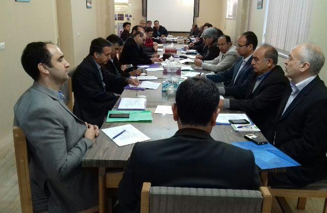 N9711138B برگزاری دوره ملی کشت نشایی گیاهان زراعی با حضور دکتر زارع در مرکز تحقیقات و همچنين آموزش گلستان