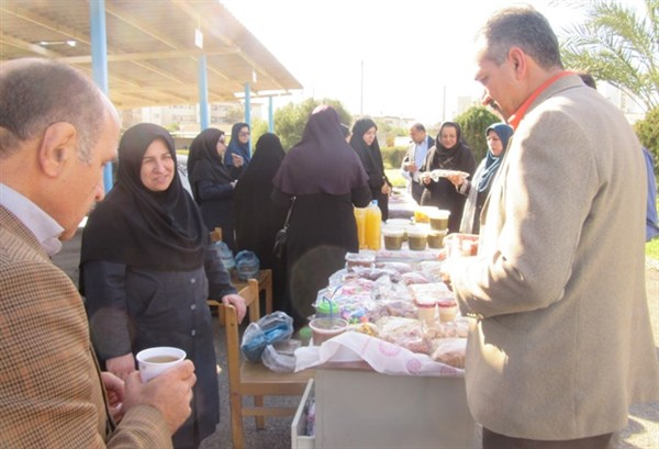 N9811193B برگزاری چهارمین بازارچه خیریه مرکز تحقیقات و همچنين آموزش گلستان به مناسبت بزرگداشت دهه تبريک و مبارک فجر ۱۳۹۸
