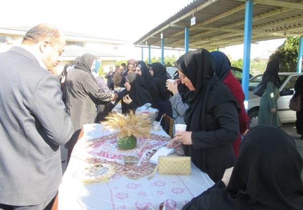 N9811193C برگزاری چهارمین بازارچه خیریه مرکز تحقیقات و همچنين آموزش گلستان به مناسبت بزرگداشت دهه تبريک و مبارک فجر ۱۳۹۸