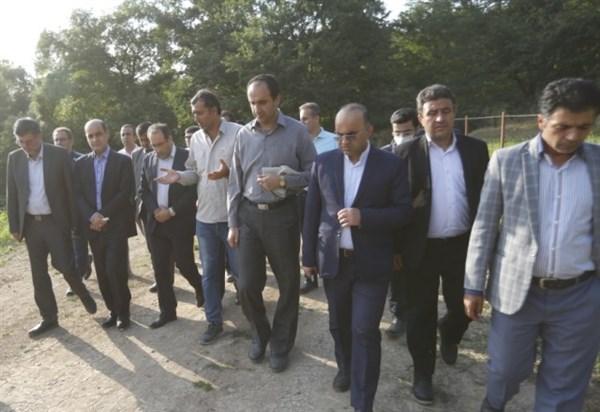 N9903244B برگزاری نخستین همایش انجمن فعالان گردشگری کشاورزی ایران در مجموعه ایران تمشک وابسته به مرکز تحقیقات و همچنين آموزش گلستان
