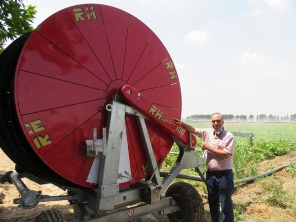 N9904212B مصاحبه تلویزیونی پژوهشگرپیشکسوت قسمت و بخش تحقیقات فنی و همچنين مهندسی مرکز تحقیقات و همچنين آموزش گلستانپیرامون مدیریت بهینه مصرف آب در کشاورزی