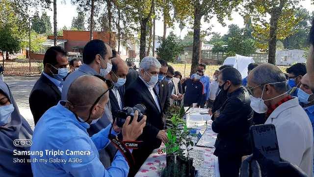 IMG 20201010 WA0021 بازدید دست يار علمی و همچنين فناوری رئیس جمهور از دستاوردهای شرکت های دانش بنیان مرکز رشد واحدهای فناور کشاورزی استان گلستان