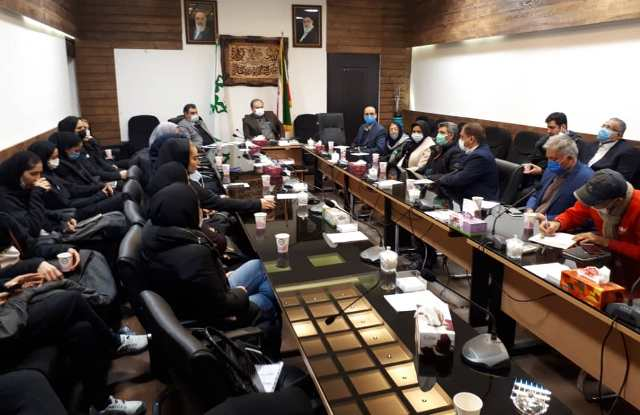 N9910153B حضور رییس و همچنين برگزیدگان مرکز تحقیقات و همچنين آموزش گلستان در نشست با اعضای شورای اسلامی شهرستان و همچنين شهردار گرگان